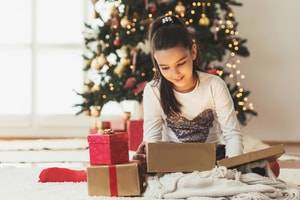 A Divorced Parent's Guide to Giving Holiday Gifts