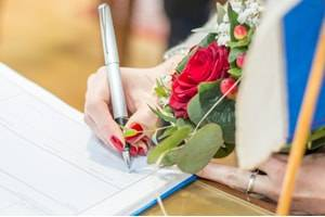 How to Reclaim Your Maiden Name After Divorce