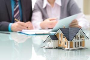 The Importance of Hiring a Real Estate Attorney